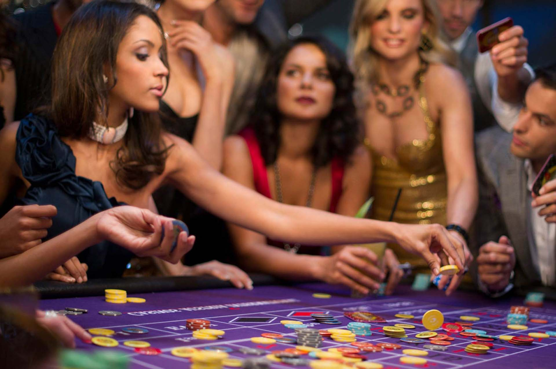 Poker game online play
